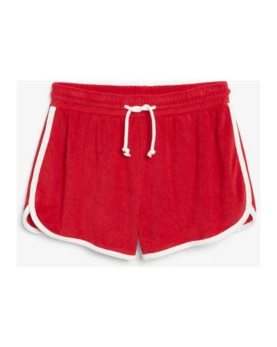 Красные хлопковые спортивные шорты Monki
