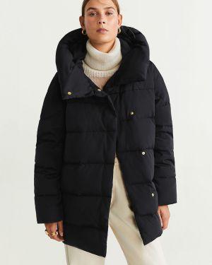 Куртка с капюшоном стеганая оверсайз Mango