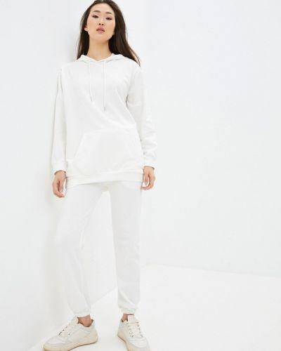 Костюмный белый спортивный костюм Elsi