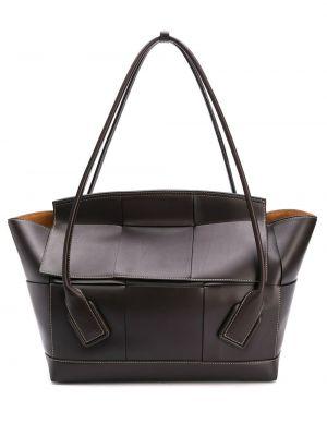 Кожаная коричневая кожаная сумка на молнии с карманами Bottega Veneta