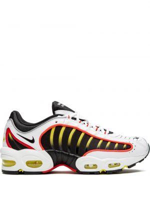 Городские черные кроссовки беговые Nike