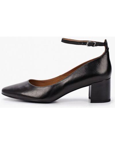 Черные кожаные туфли из натуральной кожи Ekonika