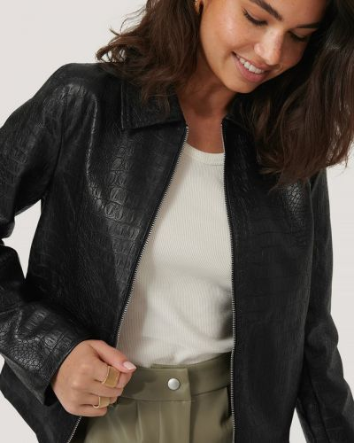 Кожаная куртка - черная Na-kd