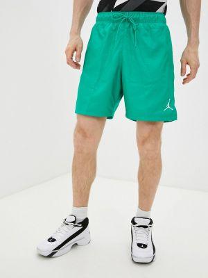 Зеленые спортивные шорты Jordan