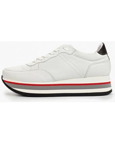 Кроссовки белый Bata