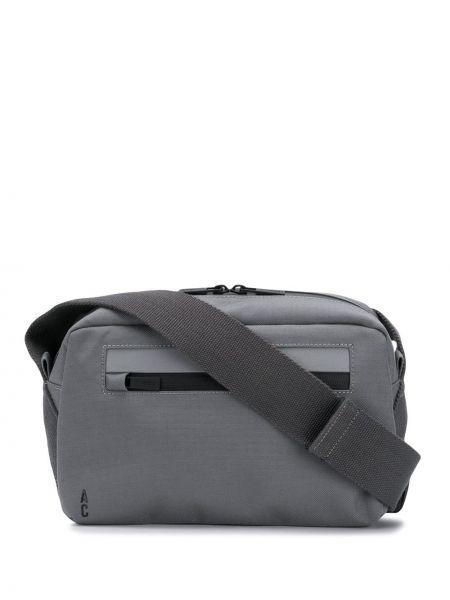 Серая нейлоновая поясная сумка с помпоном Ally Capellino