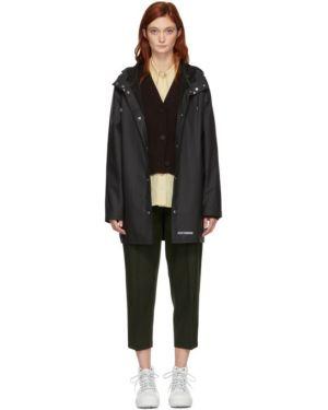Długi płaszcz z kapturem od płaszcza przeciwdeszczowego Stutterheim