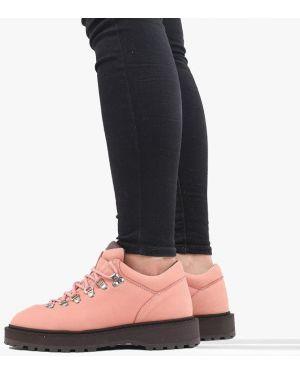 Розовые кроссовки Diemme