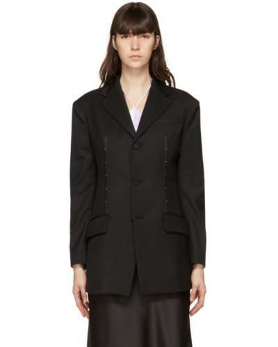 Малиновый кожаный удлиненный пиджак с карманами Kijun