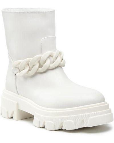 Białe kozaki Stokton