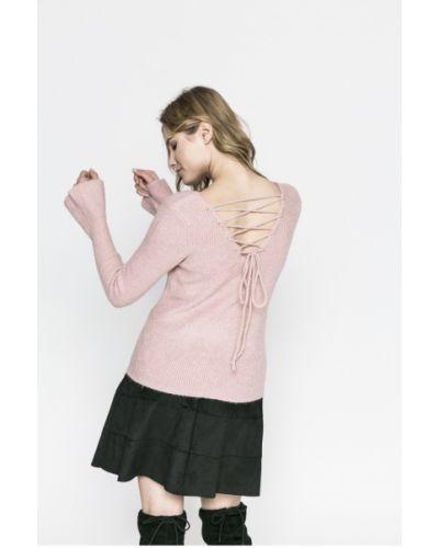 Розовый свитер Review