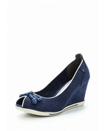 Туфли замшевые на каблуке Marco Tozzi