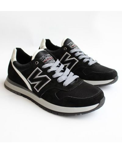 Замшевые кроссовки - черные Konors