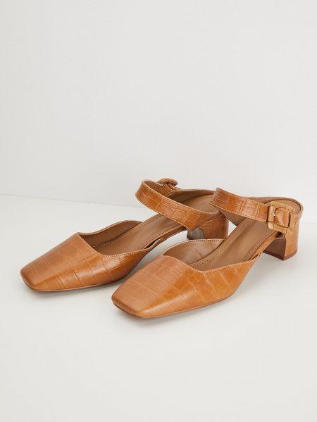 Туфли с пряжкой 12storeez