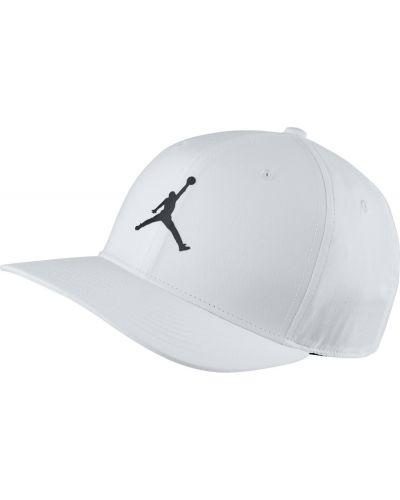 Biała czapka Jordan