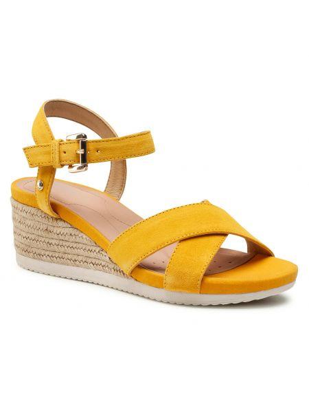 Sandały espadryle - żółte Geox