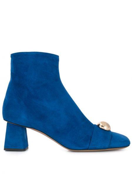 Ботинки на каблуке с заклепками с квадратным носком круглые Rayne