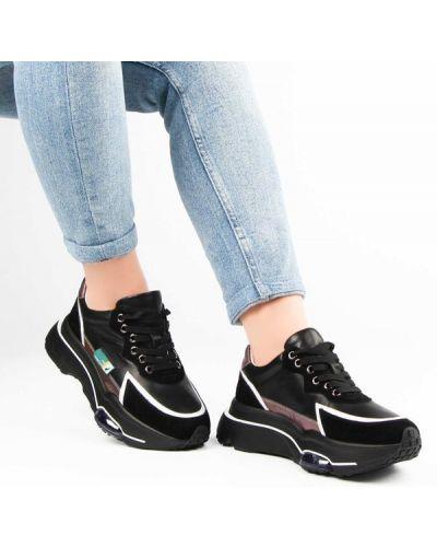 Кожаные кроссовки - черные Deenoor