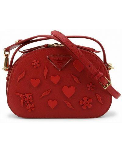 Czerwona torebka Prada