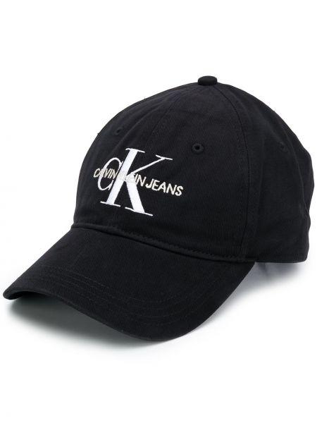 Кепка черная с логотипом Calvin Klein