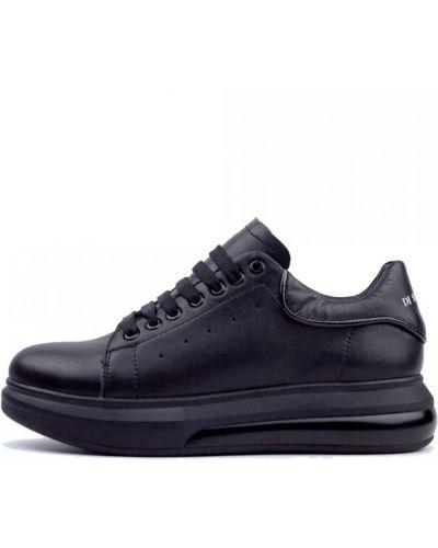 Кроссовки - черные Ditas