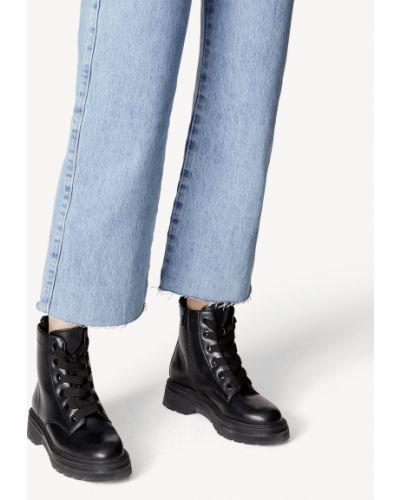 Черные высокие ботинки Tamaris