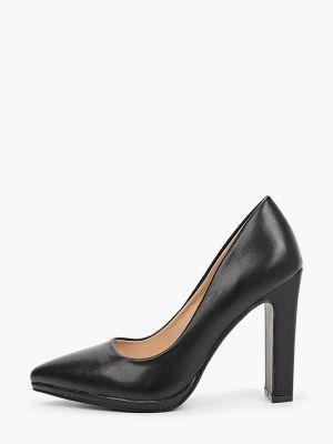 Черные кожаные туфли закрытые Vera Blum