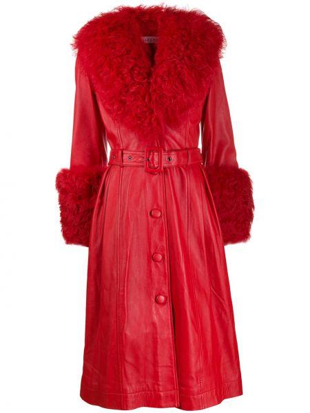 Красная длинное пальто из овчины на пуговицах Saks Potts