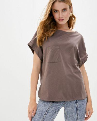 Коричневая футболка Vilatte