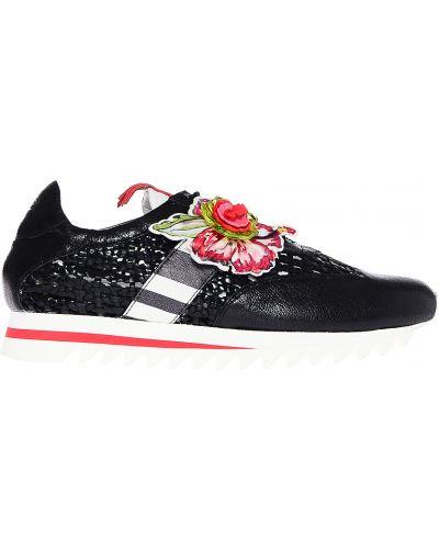 Черные кроссовки Fabi