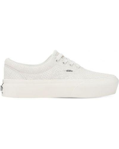 Ażurowy skórzany biały sneakersy na platformie na sznurowadłach Vans