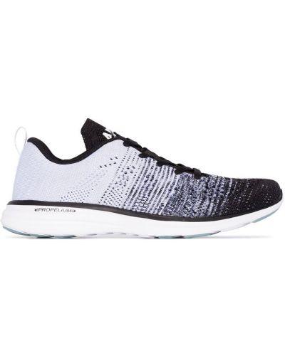 Серые кроссовки для бега на шнуровке Apl