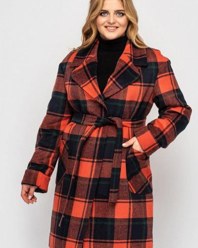 Оранжевое пальто Vlavi