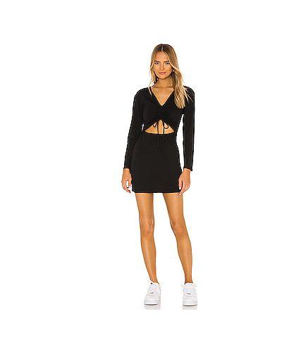 Трикотажное черное платье мини с оборками H:ours