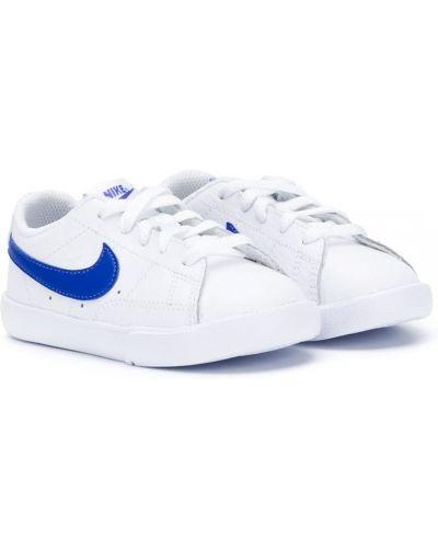 Белый кожаный пиджак с перфорацией Nike Kids
