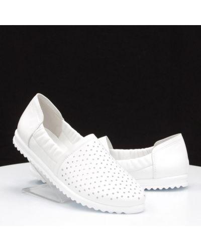 Кожаные туфли - белые Yu.g