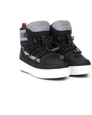 Ботинки черные Moon Boot