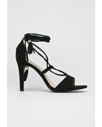 Сандалии на шнуровке на каблуке Answear
