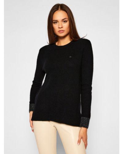 Puszysty czarny sweter Calvin Klein