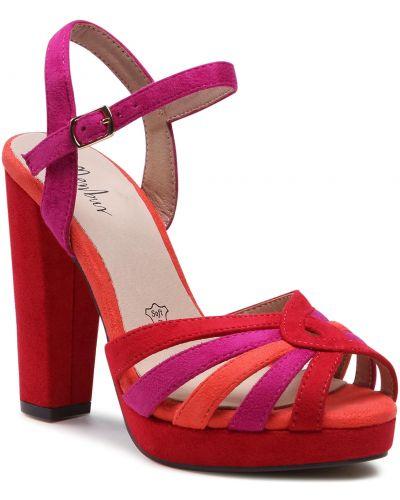 Czerwone sandały casual Menbur