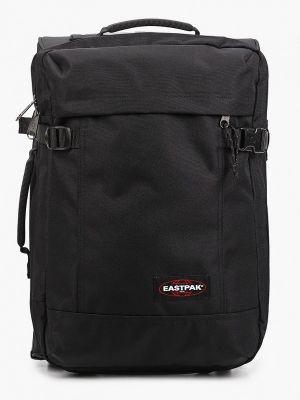 Черный чемодан Eastpak