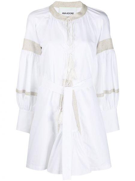 С рукавами белое платье макси с поясом Ava Adore