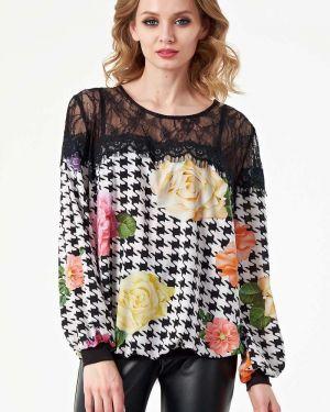 С рукавами кружевная блузка с кокеткой с вырезом Wisell