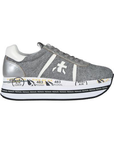 Серебряные кроссовки на платформе Premiata