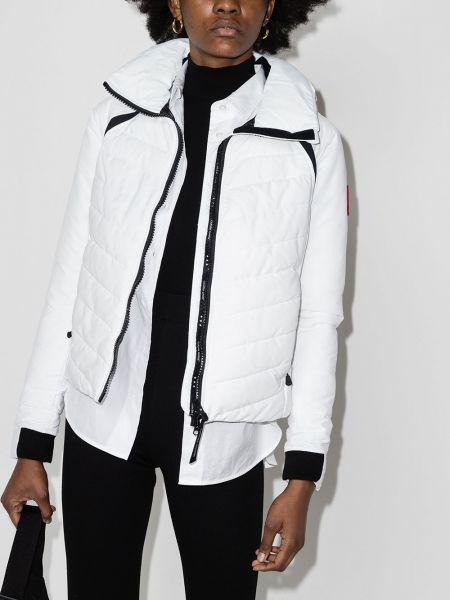 Белая спортивная куртка с капюшоном с нашивками Canada Goose