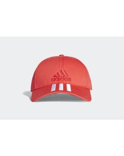 Czerwona czapka bawełniana w paski Adidas