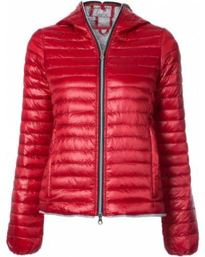 Красная дутая куртка Duvetica