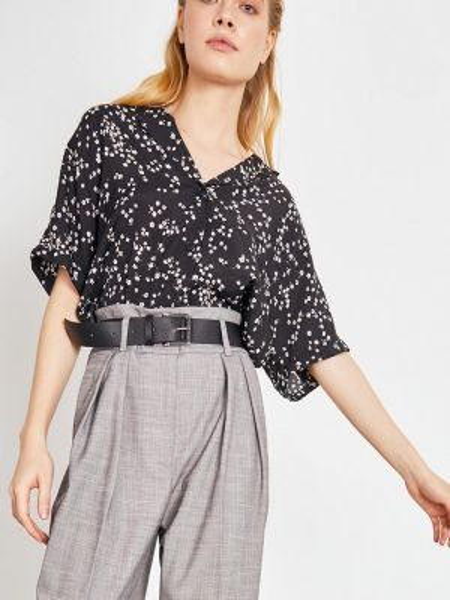 Блузка с коротким рукавом черная весенний Lime