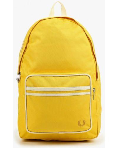 Рюкзак городской желтый Fred Perry
