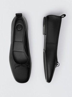 Черные балетки с квадратным носком Massimo Dutti